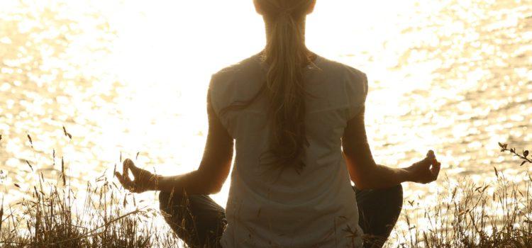 Lichtmeditation stärkt den energetischen Schutz Deiner Zellen!
